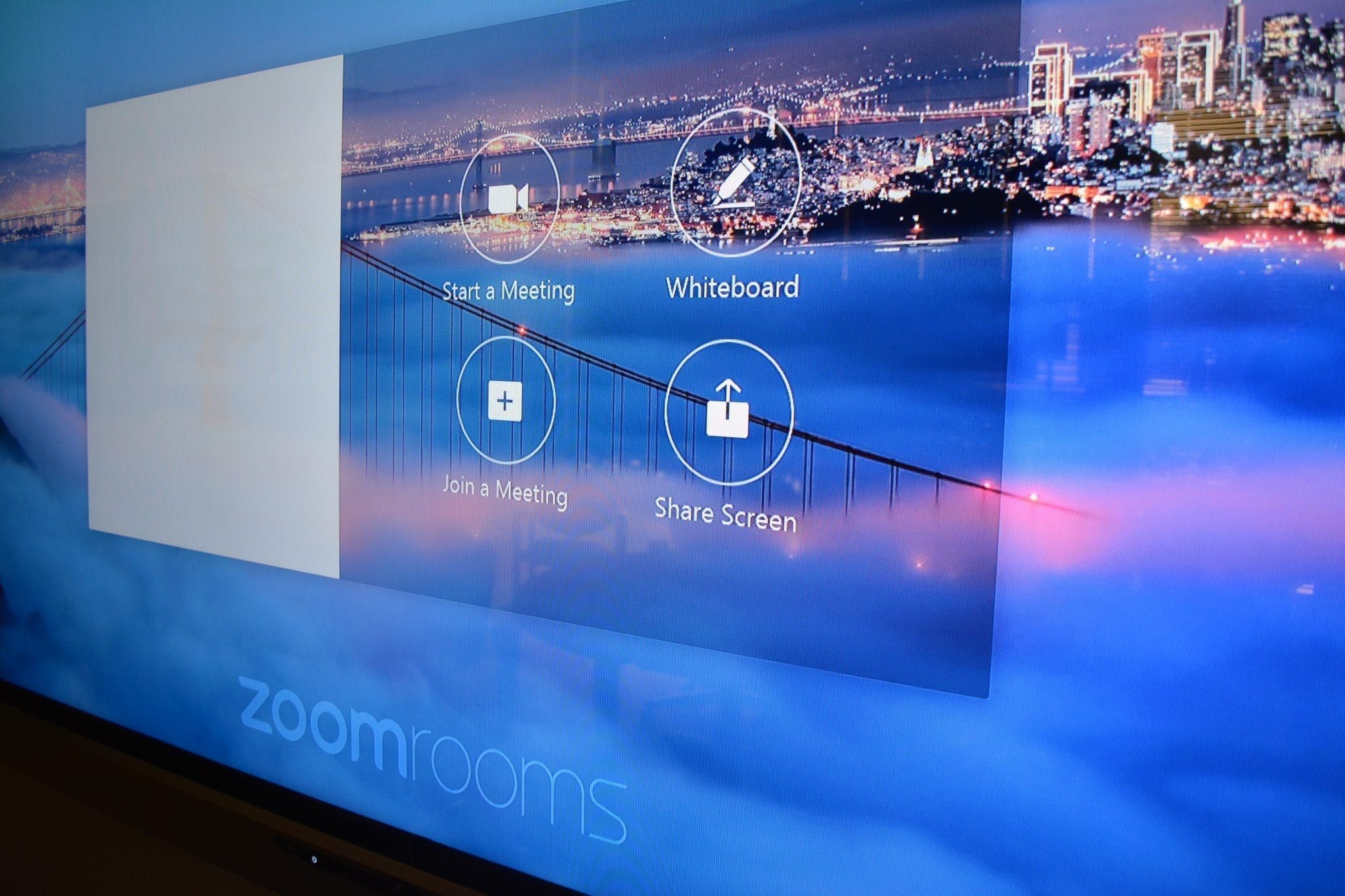 Zoom Room TV