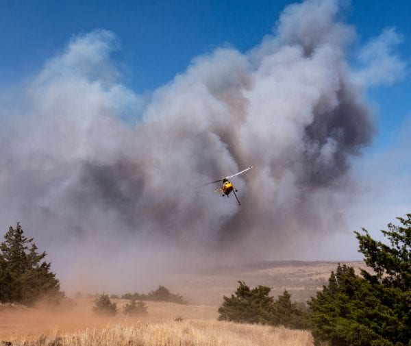 A helicopter used in fighting the Rhea Fire
